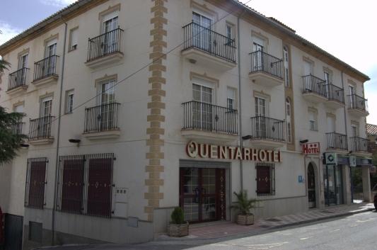 Fachada Hotel Quentar