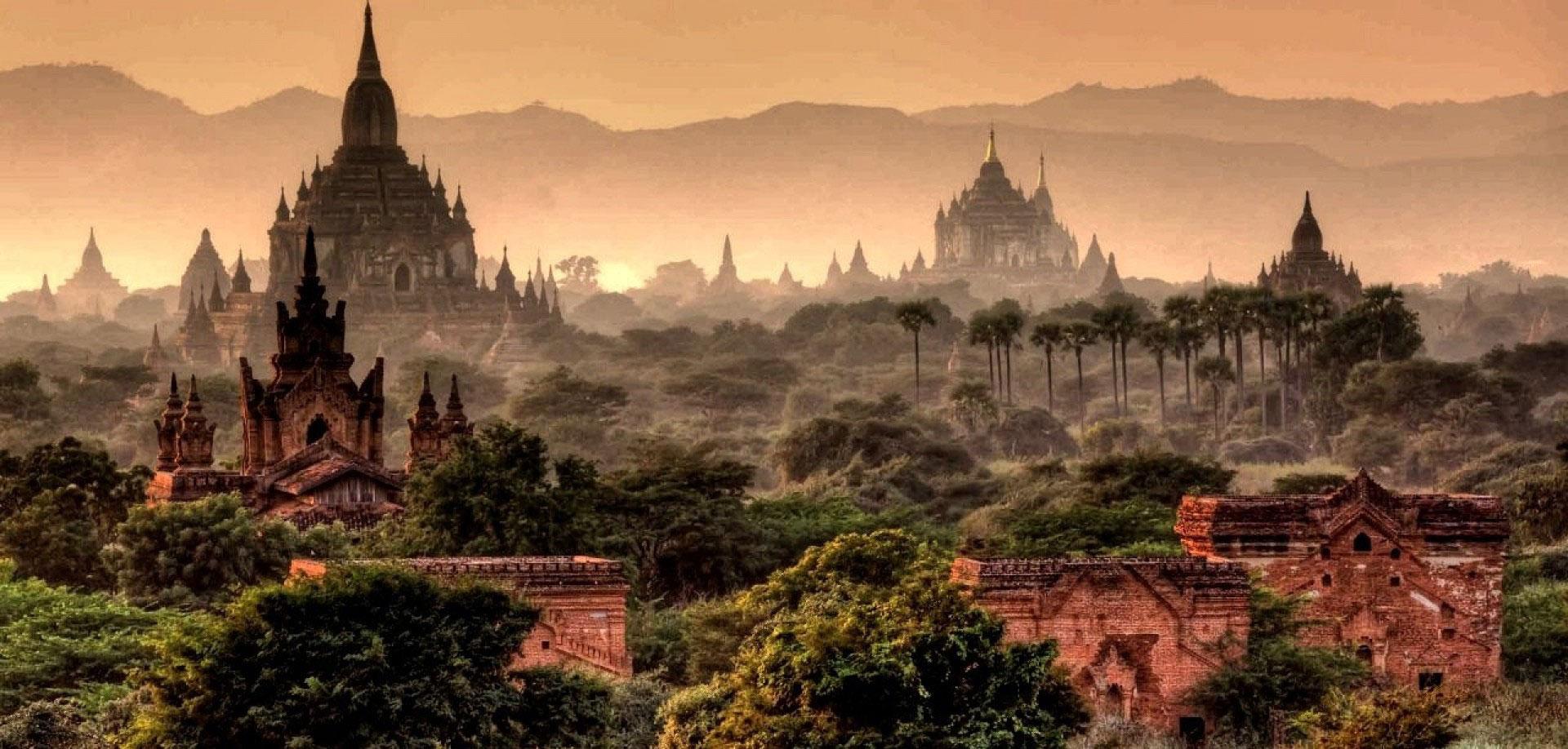 Atardecer-en-Bagan-un-lugar-lleno-de-historia-y-leyendas-2