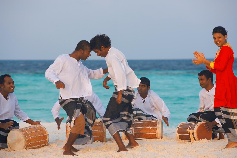 cBaros-Maldives_Bodu-Beru_HR